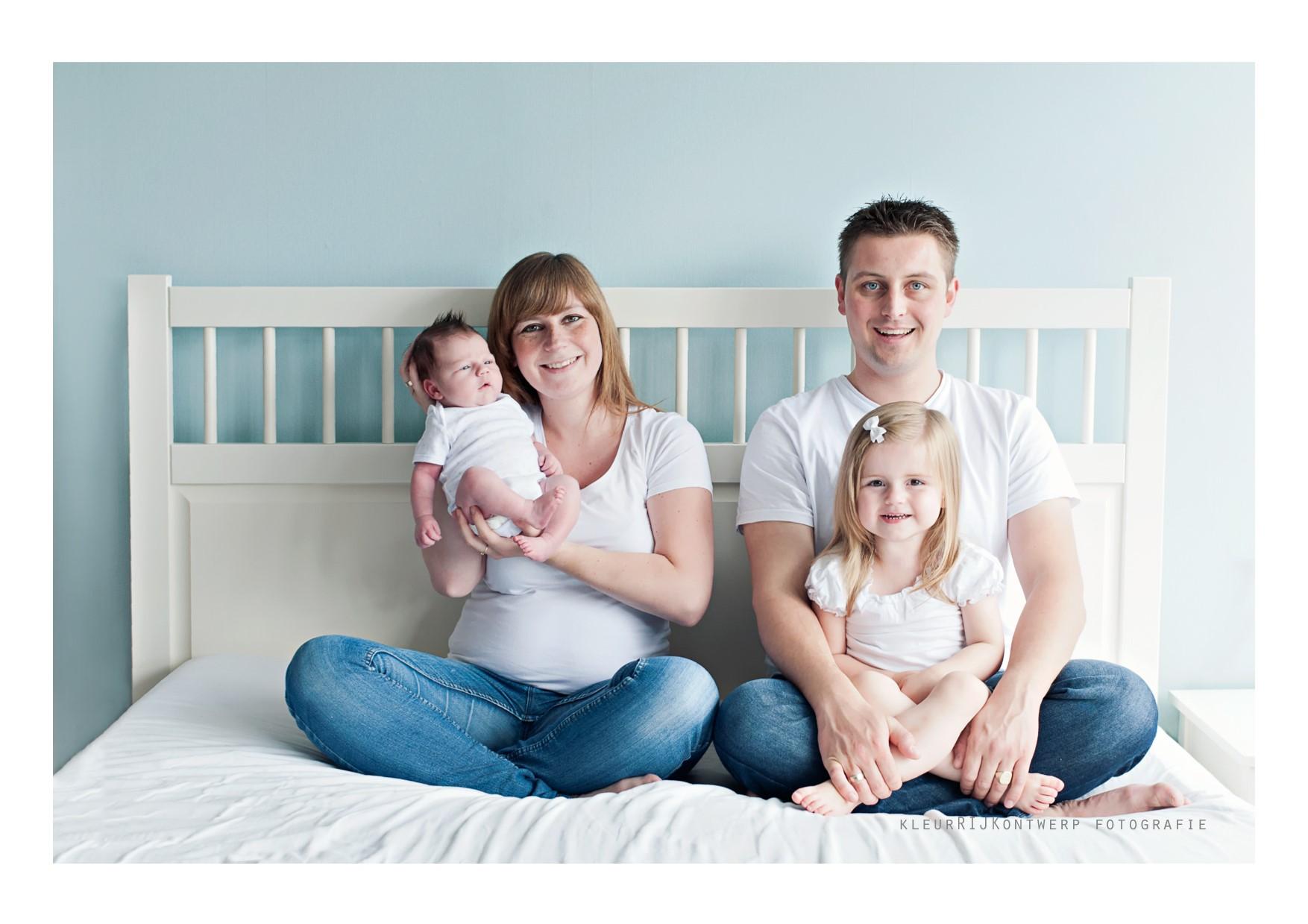 Newborn fotografie | Baby Danley samen met grote zus Lynn | Zoetermeer