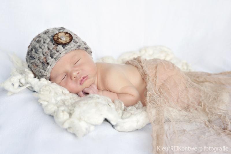 Newborn fotografie Utrecht | baby Skye