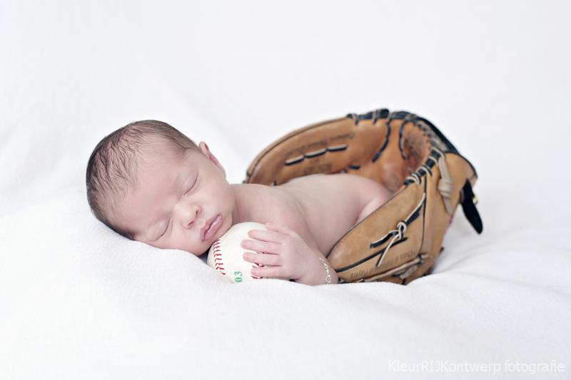 Newborn fotografie Castricum | Baby Ivy