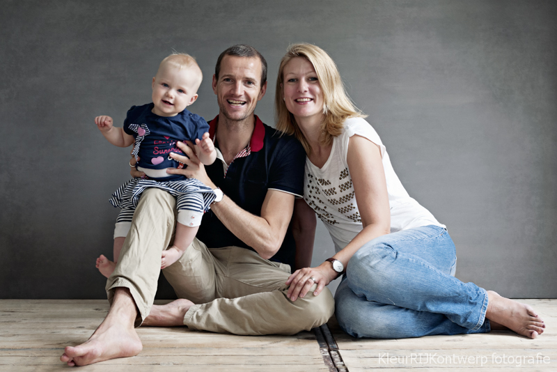 Familiefotoshoot studio | Joost, Nika & Loise