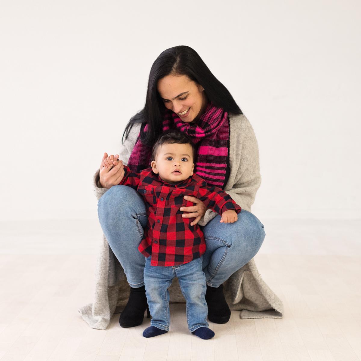 Babyshoot Mama & Zoon | Studio Honigfabriek