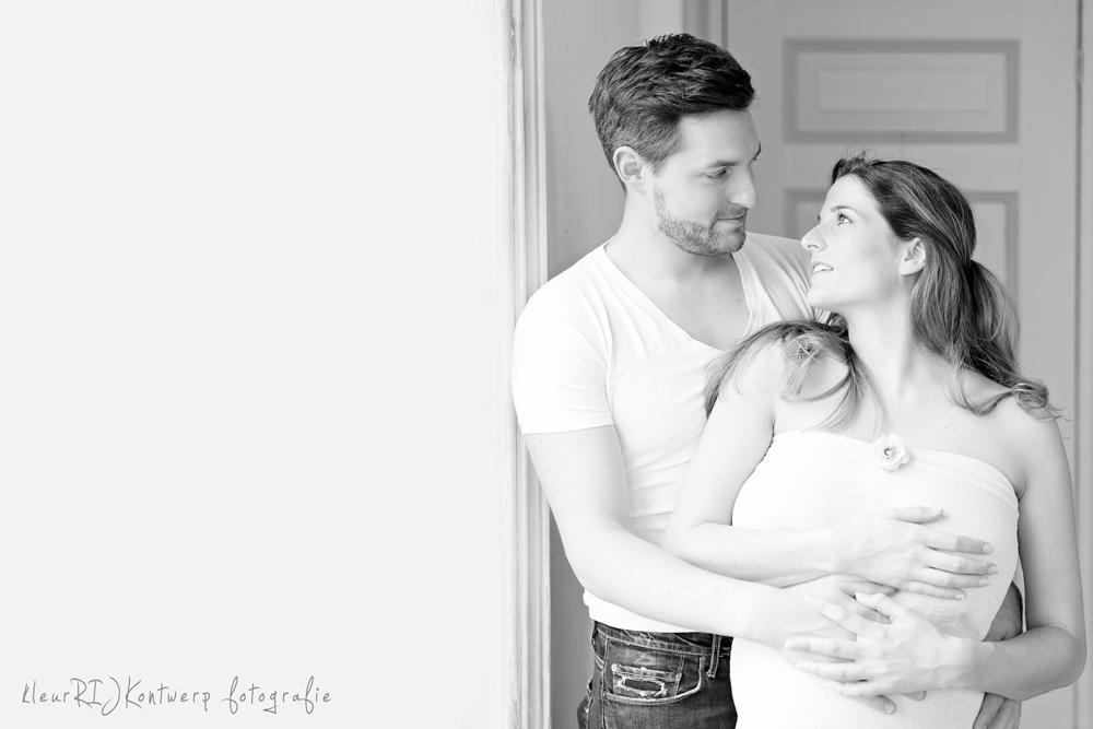 zwangerschapsfotografie in de studio noord-holland