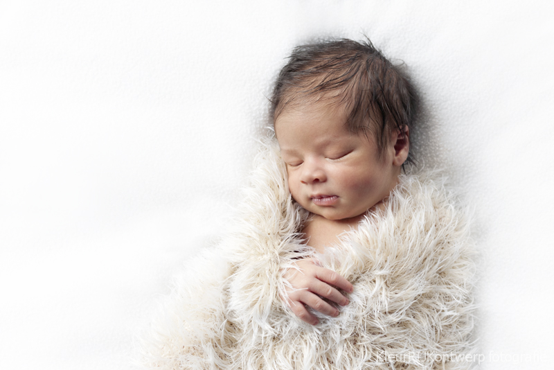 Newbornfotografie baby Julian