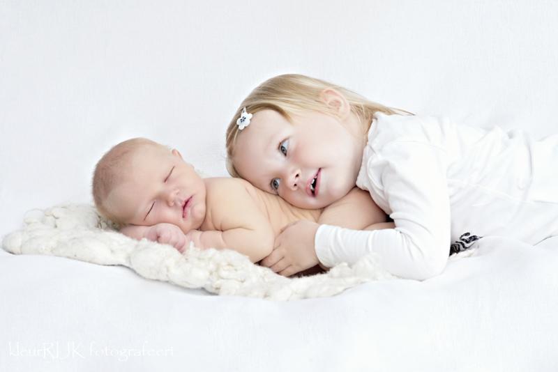 Newborn shoot aan huis