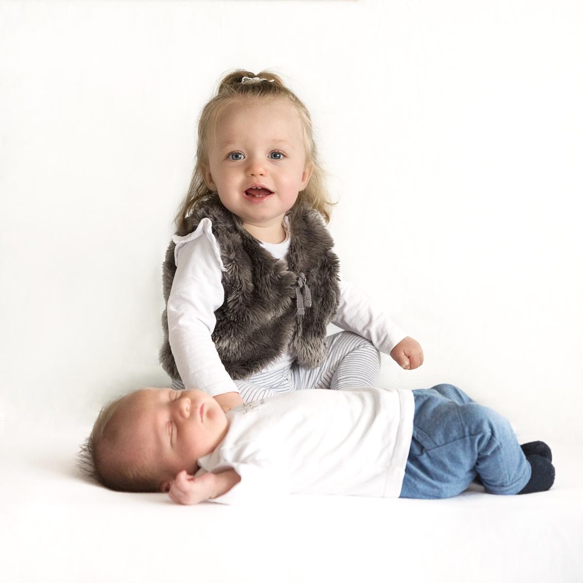 newborn fotoshoot zwaag er is een klein broertje geboren