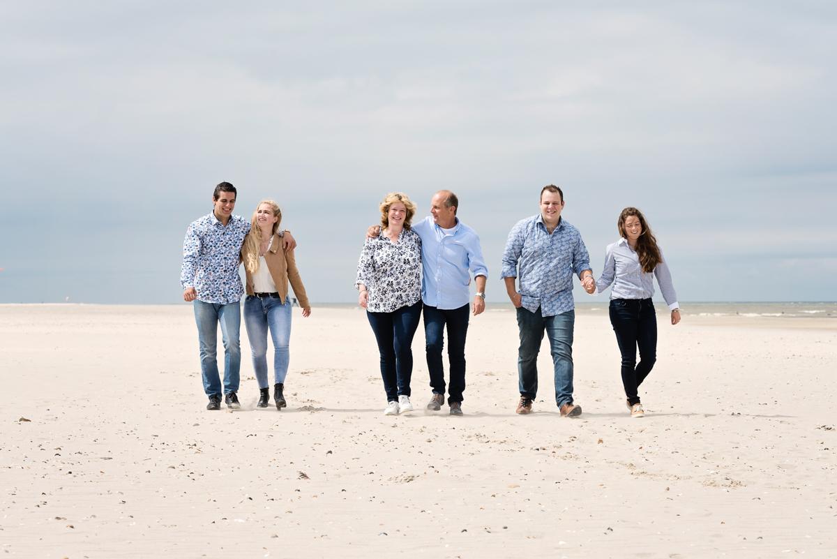 gezinsportret aan zee, strandshoot